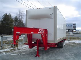 Cargo box chassis trailer